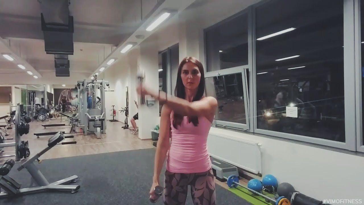упражнение поочередный подъем гантелей перед собой стоя