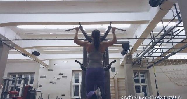 Упражнение упражнение подтягивания в гравитроне