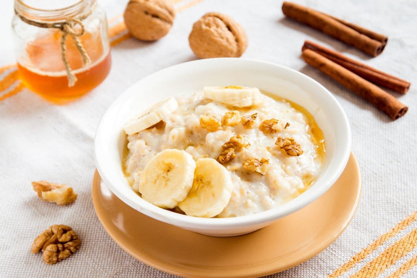 овсянка с бананом и орешками без соли
