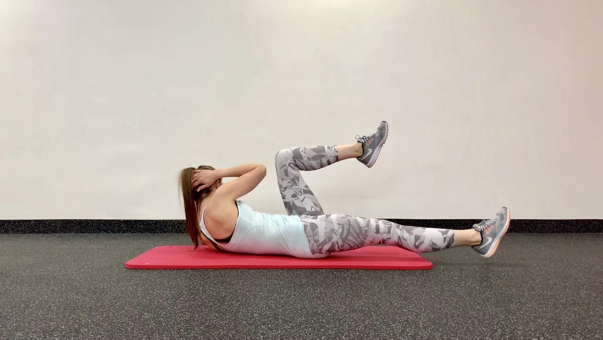 Упражнение диагональные скручивания в одну сторону